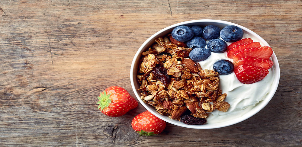 Granola,eating healthy foods